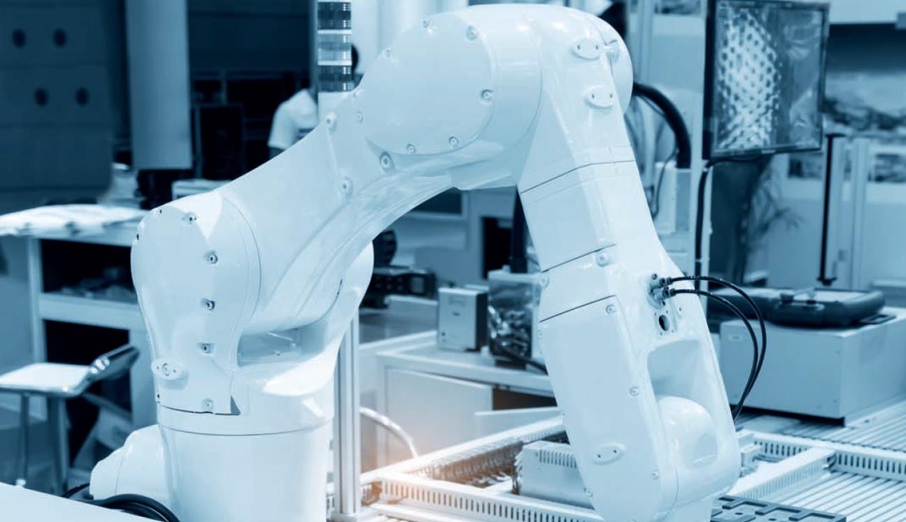 Môj kolega robot: hrozba či príležitosť?