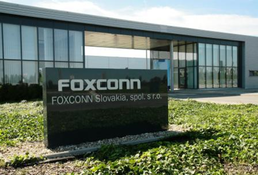 Foxconn Slovakia: Digitálny model interného logistického systému